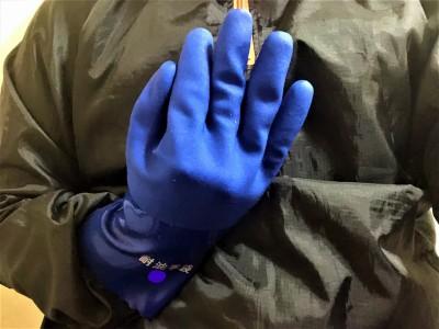 耐油性厚手のゴム手袋