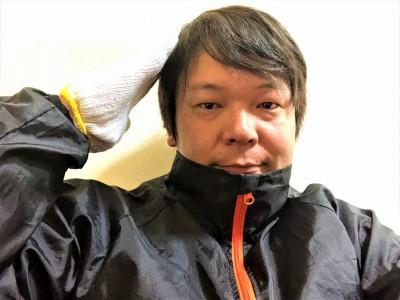 黒 油 (髪)